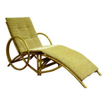 Кресло Майями из Ротанга с подставкой